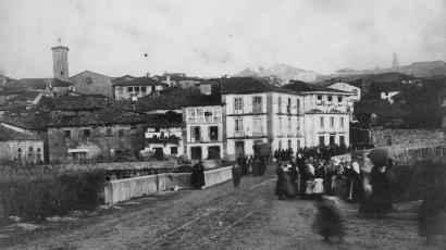 1910_ArquivoConcelloAllariz_EntradaPonte