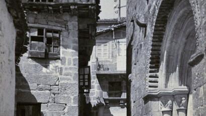 1924_ArquivoConcelloAllariz_FachadaOesteIgrexaSantiago
