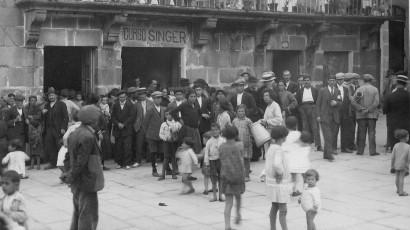 1928_Manuel_Riesco_PrazaMaiorAllariz