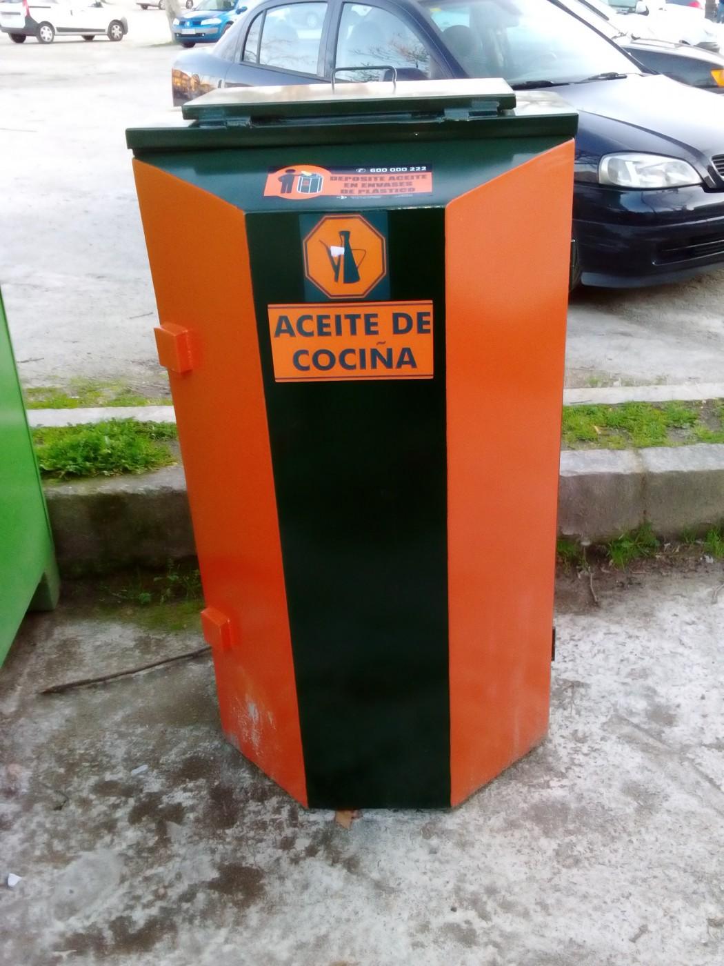 O concello de allariz instalou colectores para recoller o - Aceite usado de cocina ...