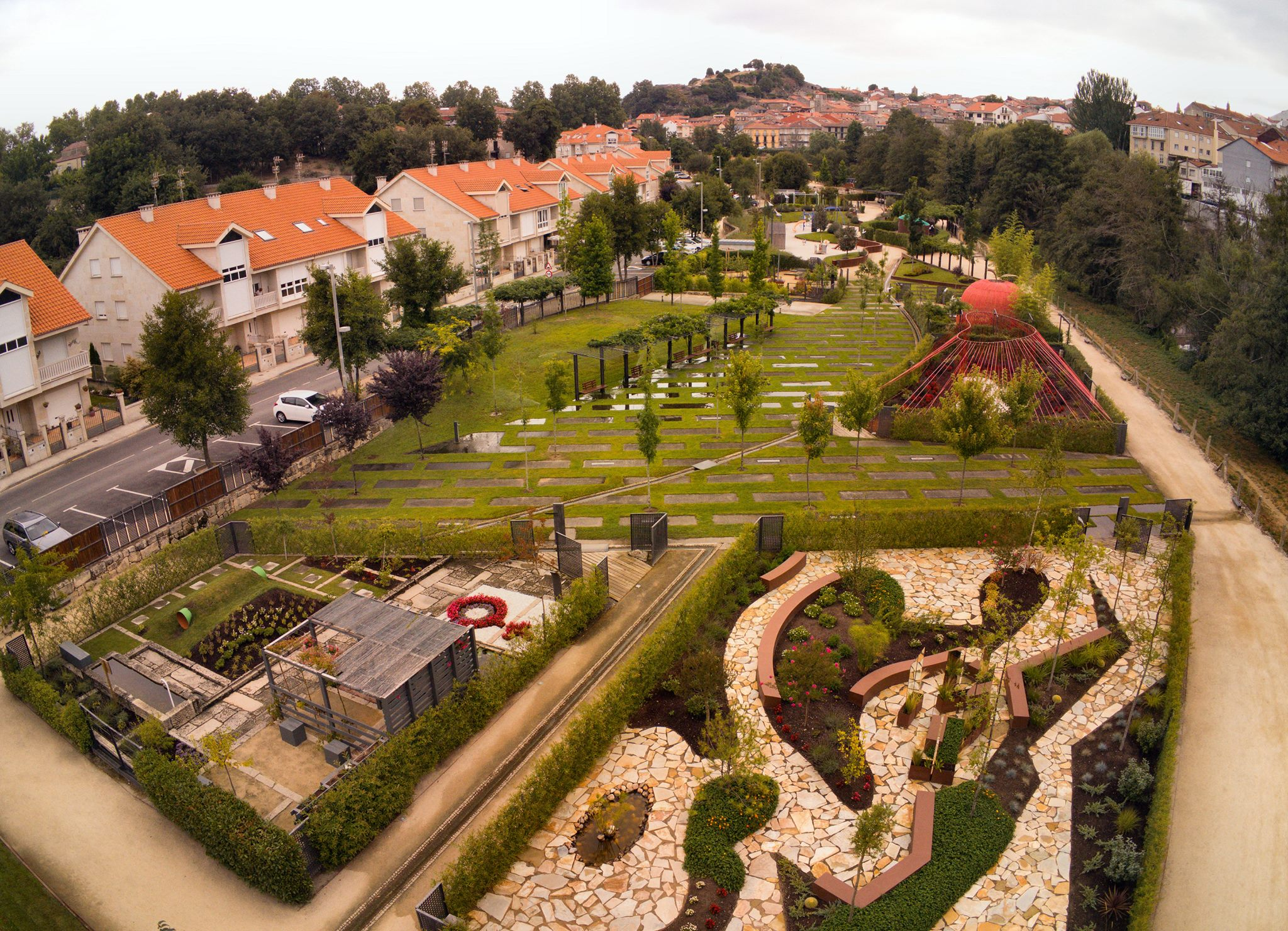"""""""O xardín prohibido"""" recibe a maioría dos votos dos visitantes e """"En busca do prohibido"""" o premio profesional"""